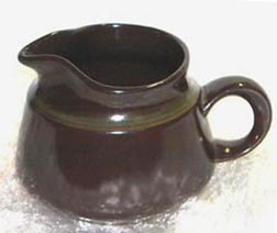 color_photo_of_madeira_creamer
