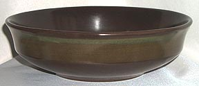 madeira_green_band_serving_bowl_color_photo
